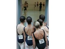Ballet Girls in the door
