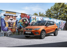 11_New SEAT Arona_Front_Orange_Graffiti_S_HD