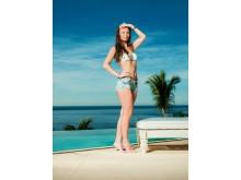 Emilie på Paradise Hotel - foto Rune Bendiksen