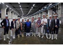 Sjømatdelegasjon fra Norge besøker Tsukiji fiskemarked i Tokyo