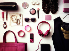 MDR-100 de Sony_Pink_Lifestyle_05