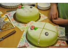 Tårta till alla elever i Väsby när resultatet på nationella proven blev bättre än tidigare