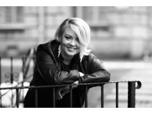 Arja blackandwhite front 2014