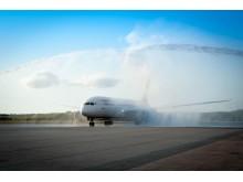 Vattensalut hälsar Air India välkomna til Arlanda