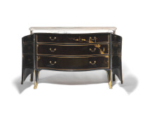 John Cobb, attributed: A George III bombe commode. c. 1765-70. H. 93 cm. Estimate: DKK 1.5 mill. / € 200,000