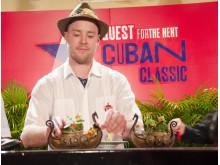 Chris Grøtvedt og hans drink i Havana Club Grand Prix