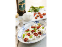 Receptbild Långbakade tomater med tryffelburrata stående