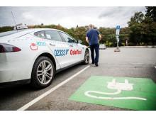 Auch Taxis garantieren in Oslo einen nachhaltigen Transport: Elektro-Taxi in der City der norwegischen Hauptstadt.