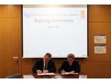 High res image - Kongsberg Maritime - DSME signing