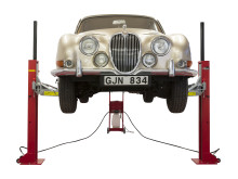PELA flyttbara tvåpelarlyft – idealisk för låga garage