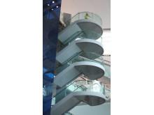 Fox Design presenterar HLS ledstång- och trappbelysning med LED på Dublin Airport.