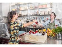 Nytt dryckeskoncept från Orkla inkluderar flaskor och trälåda