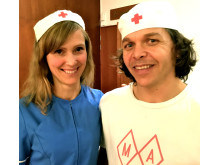 Maria och Johan från ekologiska Matapoteket som serverar rawfood mat och fika på Södermalm