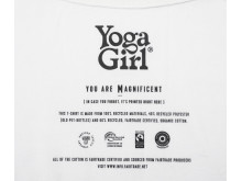 Yoga Girl neckrpint Magnificent white