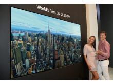 LGE_8K OLED TV_00-