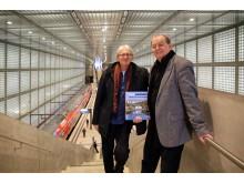 """Die Autoren Peter Franke (Fotografie) und Bernd Sikora (Text und Konzept) mit dem Bildband """"Unterwegs - zwischen Leipzig und dem Erzgebirge"""""""