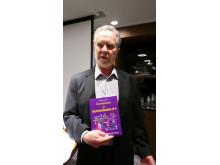 Ed Groark med bok