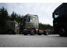 22 nye Scania R 450 sættevognstrækkere til Forsvarsministeriets Materiel- og Indkøbsstyrelse, det røde bånd