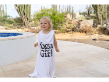 Lea Luna in Yoga Girl Sun t-shirt