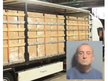 Air filter cigarette smuggler jailed PIC