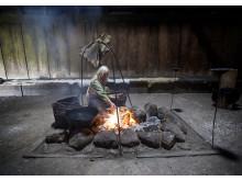 Kvinde ved ildsted - Trelleborg