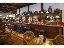 Raffles Singapore Long Bar