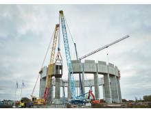 Den sista delen av vattentornets högreservoar är snart på plats