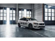 Världens säkraste Safety Car blir snabbare med nya Volvo V60 Polestar WTCC Safety Car