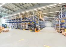 Mobilreolanlæg med 1.500 lagerpladser til store tunge enheder med langsom omsætning baseret på pallereolsystemet PR 600.