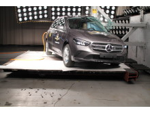 Mercedes-Benz B-Class Pole crash test June 2019