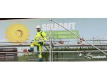 Vd Anders Ericsson vid solkraftsanläggningen