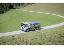 Milchtransport der Firma Michael Hell Transporte GmbH