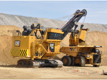 (3) Caterpillar 7495 HF (1.435 ton) // (20,9 metre)