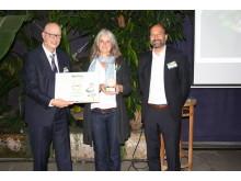 Platz 2 Lyreco Nachhaltigkeitspreis, v.l.: Olaf Dubbert (Lyreco), Tanja Reczko (Frees & Sommer), Marc Gebauer (Lyreco)