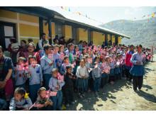 Norske flagg - Utviklingsminister Nikolai Astrup åpnet Shree Devitar Basic School i Dolakha i Nepal