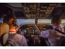 737-800 Flight Deck