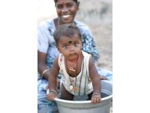Näringstillskott till barn i Indien