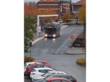 Väderskydd City 90, vid hållplats för elbussar