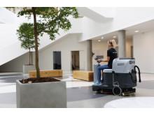 Forenede Services medarbejdere gør rent i hele landet