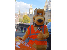 Horace, RAC van and Big Ben - it's a thumbs up!