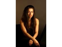 Pressbild 4. Porträttbild på Elena Nazare