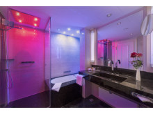 Atmospheric colours in the new bathrooms at the Maritim Hotel Bremen, Germany.