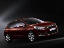 Nya Citroën C4 snett framifrån