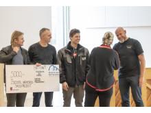 Christina Ørskovoverrækker pris for årets Værkstedsskole projekt