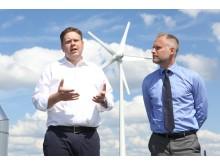 Per Ankersjö inviger vindkraftverk i Stockholm