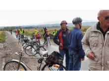 Cyklister från Varnhemshållet, vid Spånnsjön