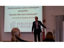 """Rikard Hellqvist håller föredrag om Kvalitetsarbete sett ur ledningens perspektiv – lönsamt eller bara arbetsamt?"""""""