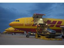 DHL transporterade nya Mercedes S-klass till sin världspremiär