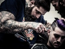 Tom Chapman, grundare av The Lions Barber Collective