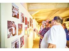 Kunst für sauberes Trinkwasser - einzigartige Kunstgalerie im Fußballstadion des FC St. Pauli begeistert die Besucher